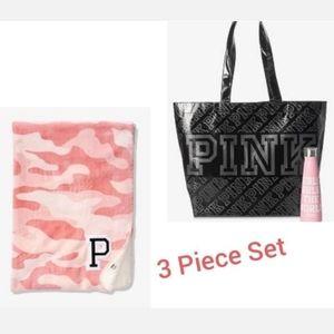VS Pink Sherpa Blanket Tote Water Bottle Set